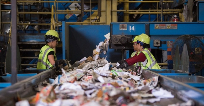 Empresa com Processo de Reciclagem de Lixo Residencial Burato - Processo de Reciclagem de Plastico