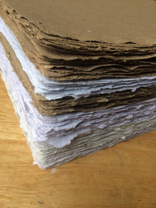 Empresa de Reciclagem de Papel Artesanal Éden - Reciclagem de Papel Cartão