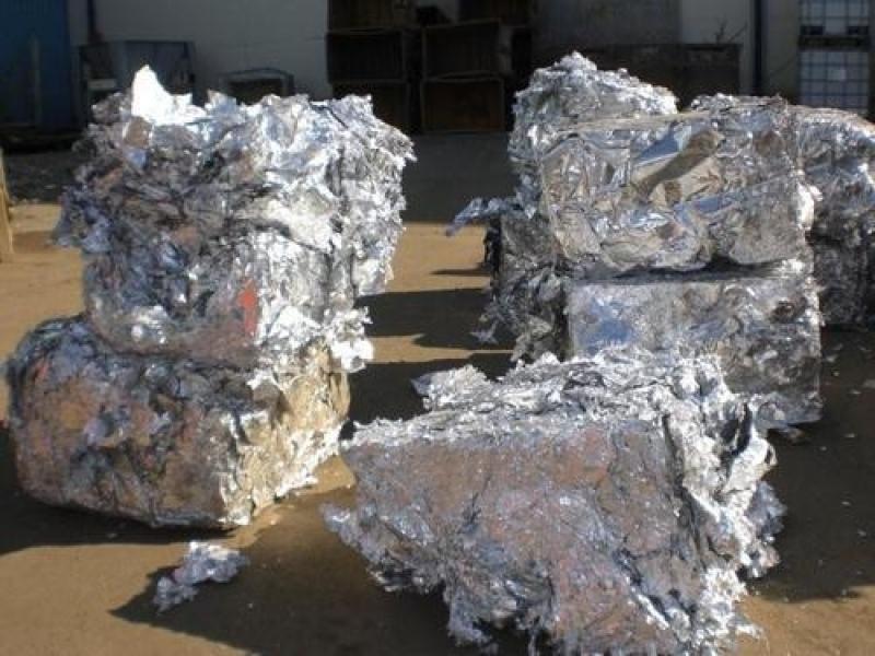 Reciclagem de Papel Aluminio Parque Maria Helena - Reciclagem de Papel Aluminio