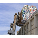 busco empresa de reciclagem de lixo e coleta seletiva Residencial Burato