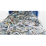 processo de reciclagem do papel picado Reserva da Floresta